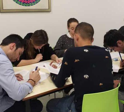 Preparación de exámenes de inglés en Albacete. Nessie. Exámenes Cambridge Albacete. Exámenes Aptis Albacete. Exámenes Trinity Albacete. Exámenes Escuela Oficial de Idiomas Albacete